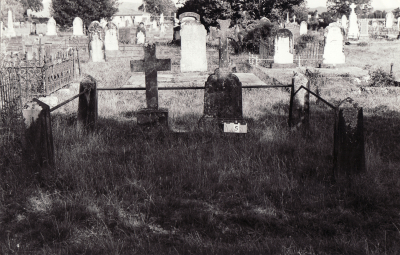 Historic picture of Makaraka cemetery, block MKA, plot 5.