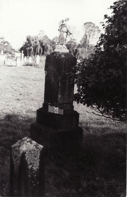 Historic picture of Makaraka cemetery, block MKA, plot 6.