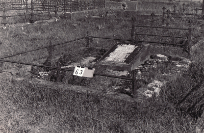 Historic picture of Makaraka cemetery, block MKA, plot 63.