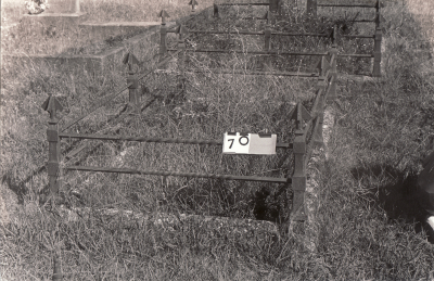 Historic picture of Makaraka cemetery, block MKA, plot 70.