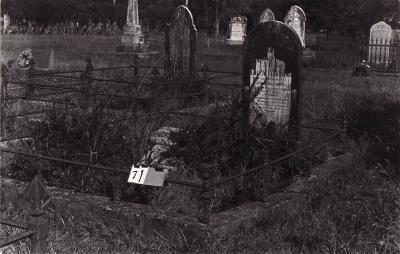 Historic picture of Makaraka cemetery, block MKA, plot 71.