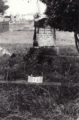 Historic picture of Makaraka cemetery, block MKA, plot 76.
