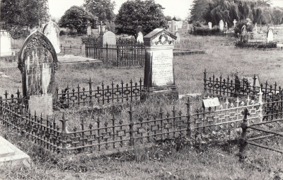 Historic picture of Makaraka cemetery, block MKA, plot 79.