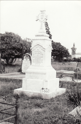Historic picture of Makaraka cemetery, block MKB, plot 100B.
