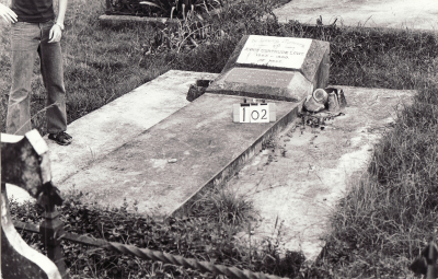 Historic picture of Makaraka cemetery, block MKB, plot 102.