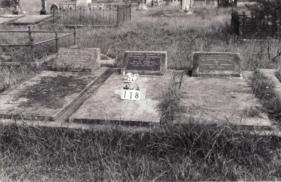 Historic picture of Makaraka cemetery, block MKB, plot 118.