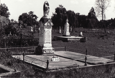 Historic picture of Makaraka cemetery, block MKB, plot 130.