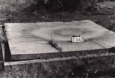 Historic picture of Makaraka cemetery, block MKB, plot 136.