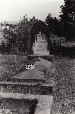 Historic picture of Makaraka cemetery, block MKB, plot 141.