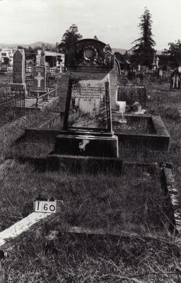Historic picture of Makaraka cemetery, block MKB, plot 160.