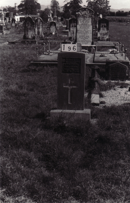 Historic picture of Makaraka cemetery, block MKB, plot 196.