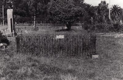 Historic picture of Makaraka cemetery, block MKB, plot 202.