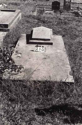 Historic picture of Makaraka cemetery, block MKB, plot 230.