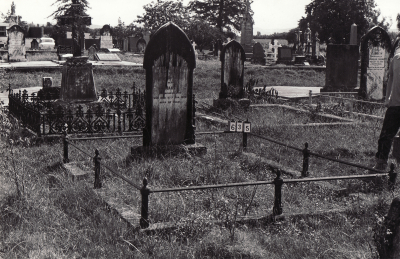 Historic picture of Makaraka cemetery, block MKB, plot 635.