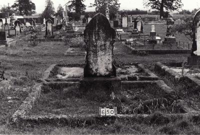 Historic picture of Makaraka cemetery, block MKB, plot 650B.