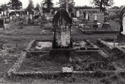 Historic picture of Makaraka cemetery, block MKB, plot 650B.