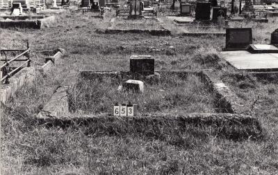 Historic picture of Makaraka cemetery, block MKB, plot 653.