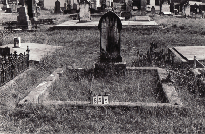 Historic picture of Makaraka cemetery, block MKB, plot 659.