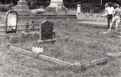 Historic picture of Makaraka cemetery, block MKB, plot 675.