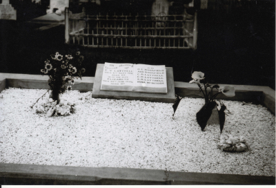 Historic picture of Makaraka cemetery, block MKB, plot 86.