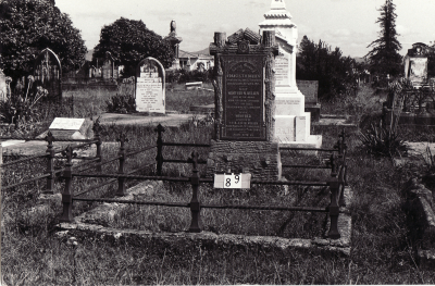 Historic picture of Makaraka cemetery, block MKB, plot 89B.