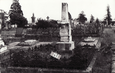 Historic picture of Makaraka cemetery, block MKB, plot 91.