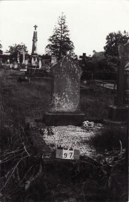Historic picture of Makaraka cemetery, block MKB, plot 97.