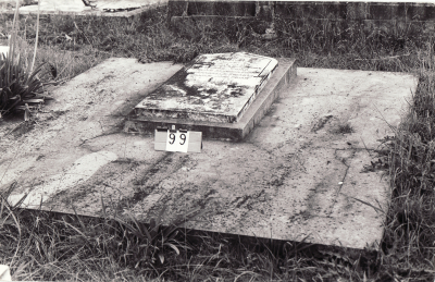 Historic picture of Makaraka cemetery, block MKB, plot 99.
