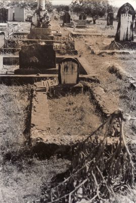 Historic picture of Makaraka cemetery, block MKC, plot 1159.