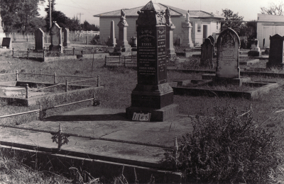 Historic picture of Makaraka cemetery, block MKC, plot 1165.