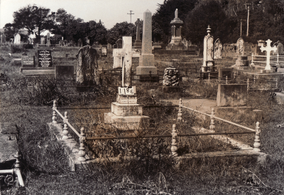 Historic picture of Makaraka cemetery, block MKC, plot 1186.