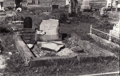 Historic picture of Makaraka cemetery, block MKC, plot 1187.