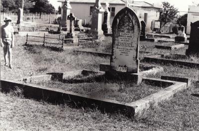 Historic picture of Makaraka cemetery, block MKC, plot 1199.