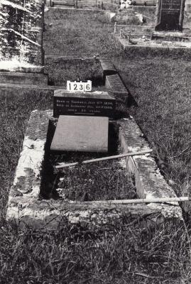Historic picture of Makaraka cemetery, block MKC, plot 1236.