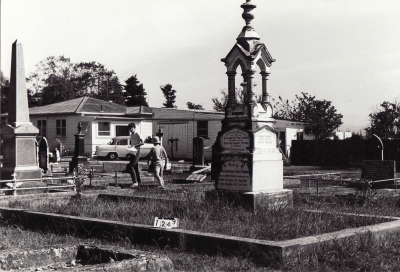 Historic picture of Makaraka cemetery, block MKC, plot 1249.