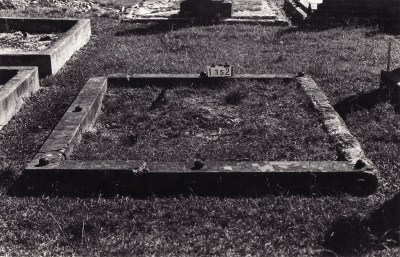 Historic picture of Makaraka cemetery, block MKC, plot 1352.