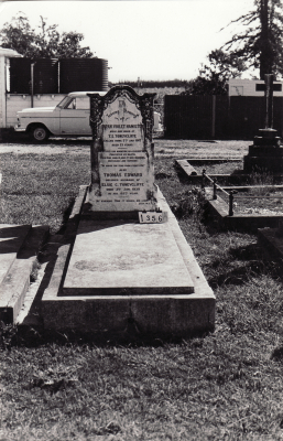 Historic picture of Makaraka cemetery, block MKC, plot 1356A.