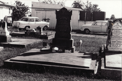 Historic picture of Makaraka cemetery, block MKC, plot 1367.