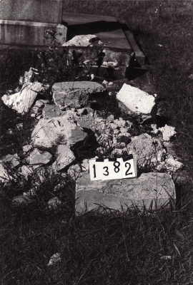 Historic picture of Makaraka cemetery, block MKC, plot 1382.