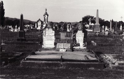 Historic picture of Makaraka cemetery, block MKC, plot 1419.
