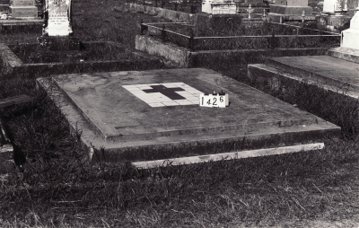 Historic picture of Makaraka cemetery, block MKC, plot 1426.