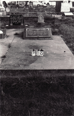 Historic picture of Makaraka cemetery, block MKC, plot 910.