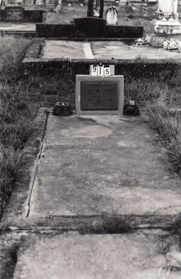 Historic picture of Makaraka cemetery, block MKC, plot 915.