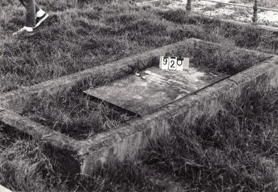 Historic picture of Makaraka cemetery, block MKC, plot 920.