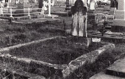 Historic picture of Makaraka cemetery, block MKC, plot 924.