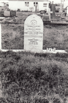 Historic picture of Makaraka cemetery, block MKC, plot 947.