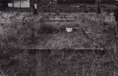 Historic picture of Makaraka cemetery, block MKE, plot 1514.