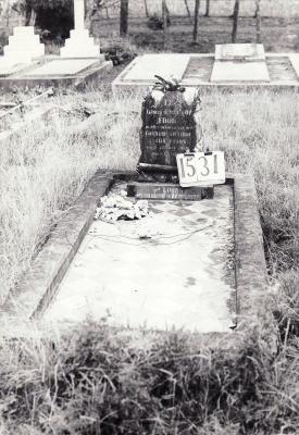 Historic picture of Makaraka cemetery, block MKE, plot 1531.