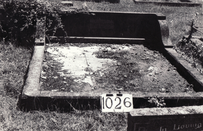 Historic picture of Makaraka cemetery, block MKF, plot 1026.