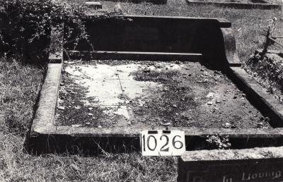 Historic picture of Makaraka cemetery, block MKF, plot 1026.